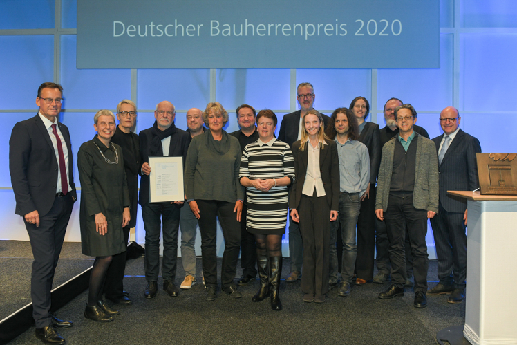 studentendorf-schlachtensee-wins-german-construction-award-deutscher-bauherrenpreis-2020